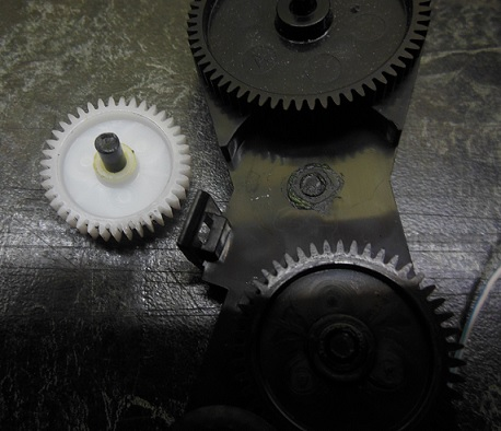 ремонт редуктора подачи бумаги HP 5515