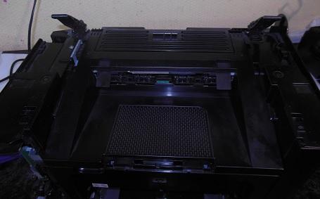 Разборка HP LJ 1536 снимаем сканер