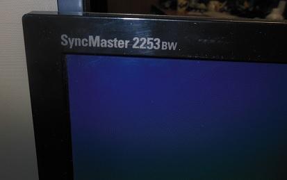 отремонтированный монитор Samsung 2253BW