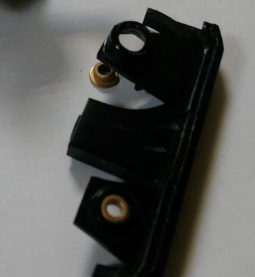 Xrobot 510 расплавилась боковая опора щеток