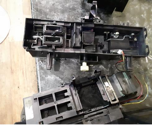 Чистка HP 8500a от протекших чернил
