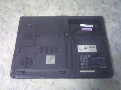 нижняя крышка базы ноутбука