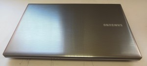 Корпус ноутбука Samsung 550p сверху