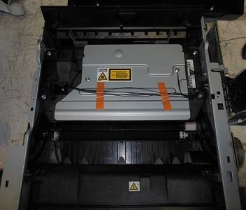 чистка блока лазера Ricoh SP 100SE