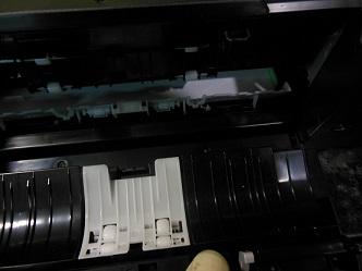 снимаем заднюю крышку dcp-j525w