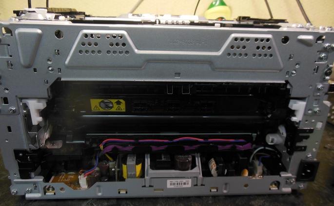 разборка CP1025 снимаем черную пластиковую крышку