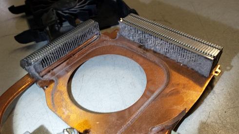 чистка радиатора охлаждения HP dv7-3135er