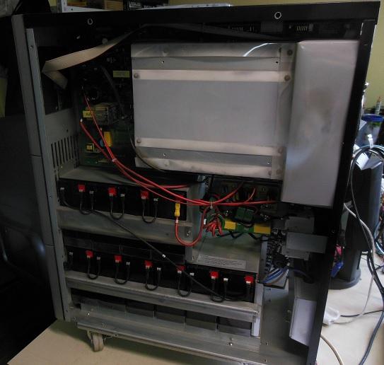 ремонт UPS AEG Protect C 6000 замена батарей