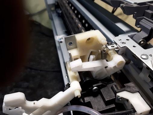 снятие узла очистки Epson 1410