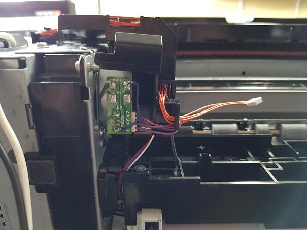 ремонт подачи бумаги HP Color LaserJet Pro CP1525n