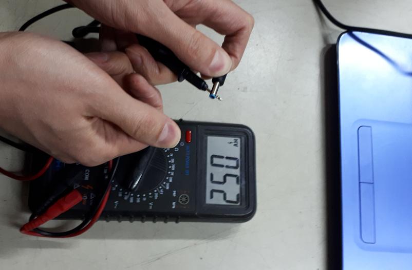 проблемы зарядки и тачпада