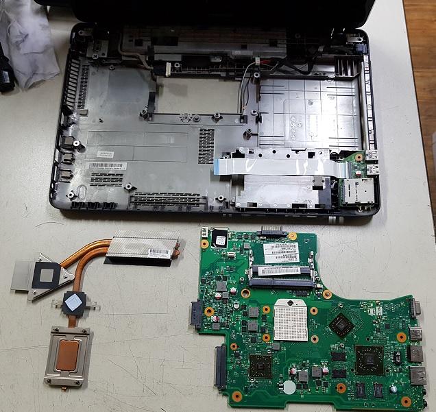 Ремонт Toshiba L650d-120, разборка