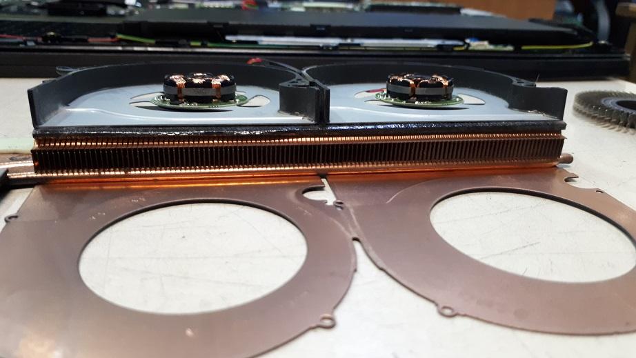 Отремонтированная система охлаждения Acer Predator Helios 300